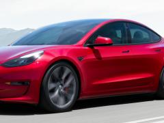 """特斯拉马斯克为什么没能把电动汽车打造成""""下一个 iPhone"""""""